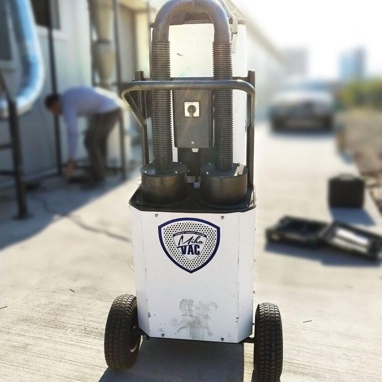Mihavac Industrial Vacuum Cleaner in action